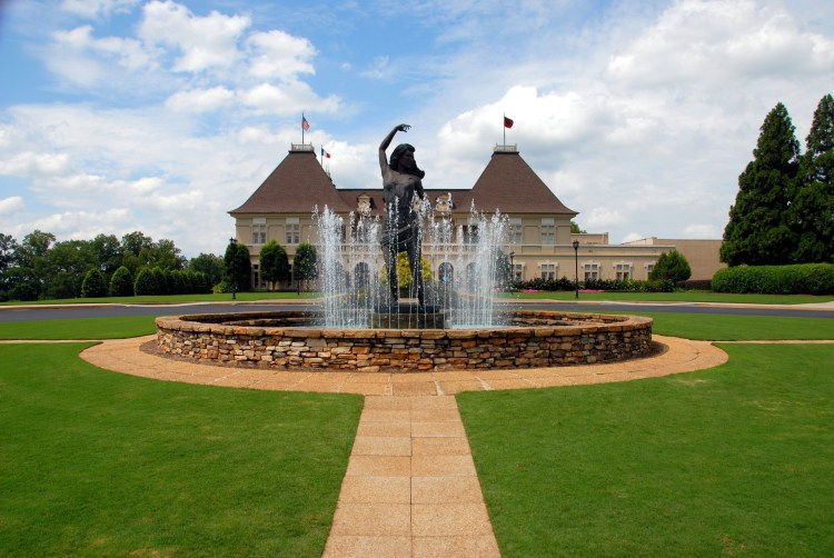 Best Luxury Hotels in North Georgia Mountains
