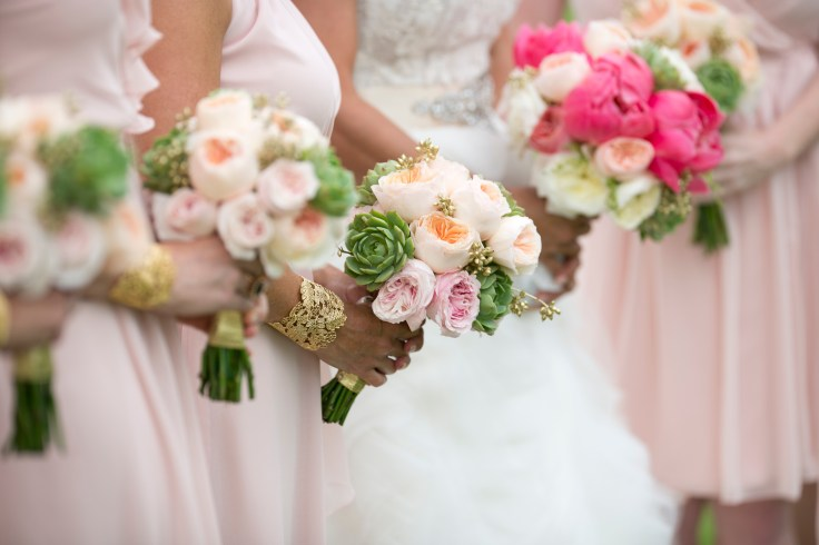 succulent-and-garden-rose-bouquet