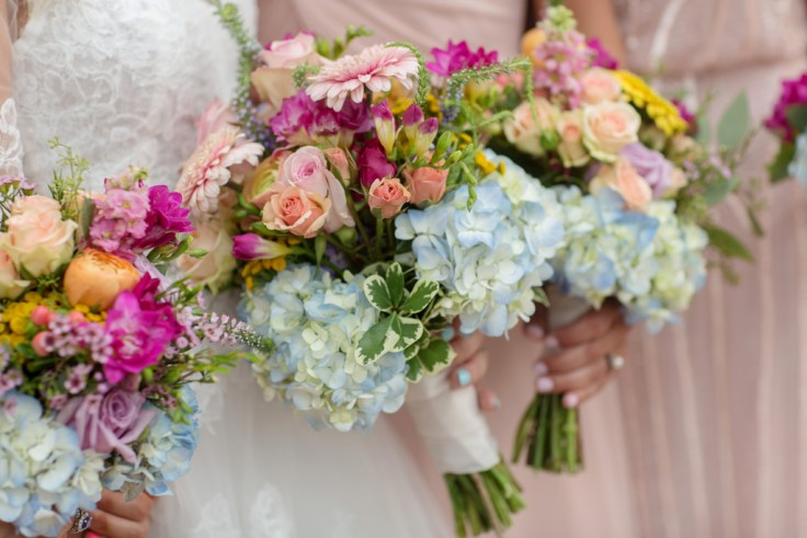 Summer Bouquets for a Boho Wedding