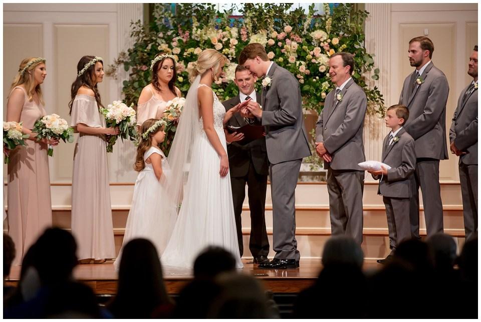 Outdoor Spring Wedding in Collinsville Mississippi