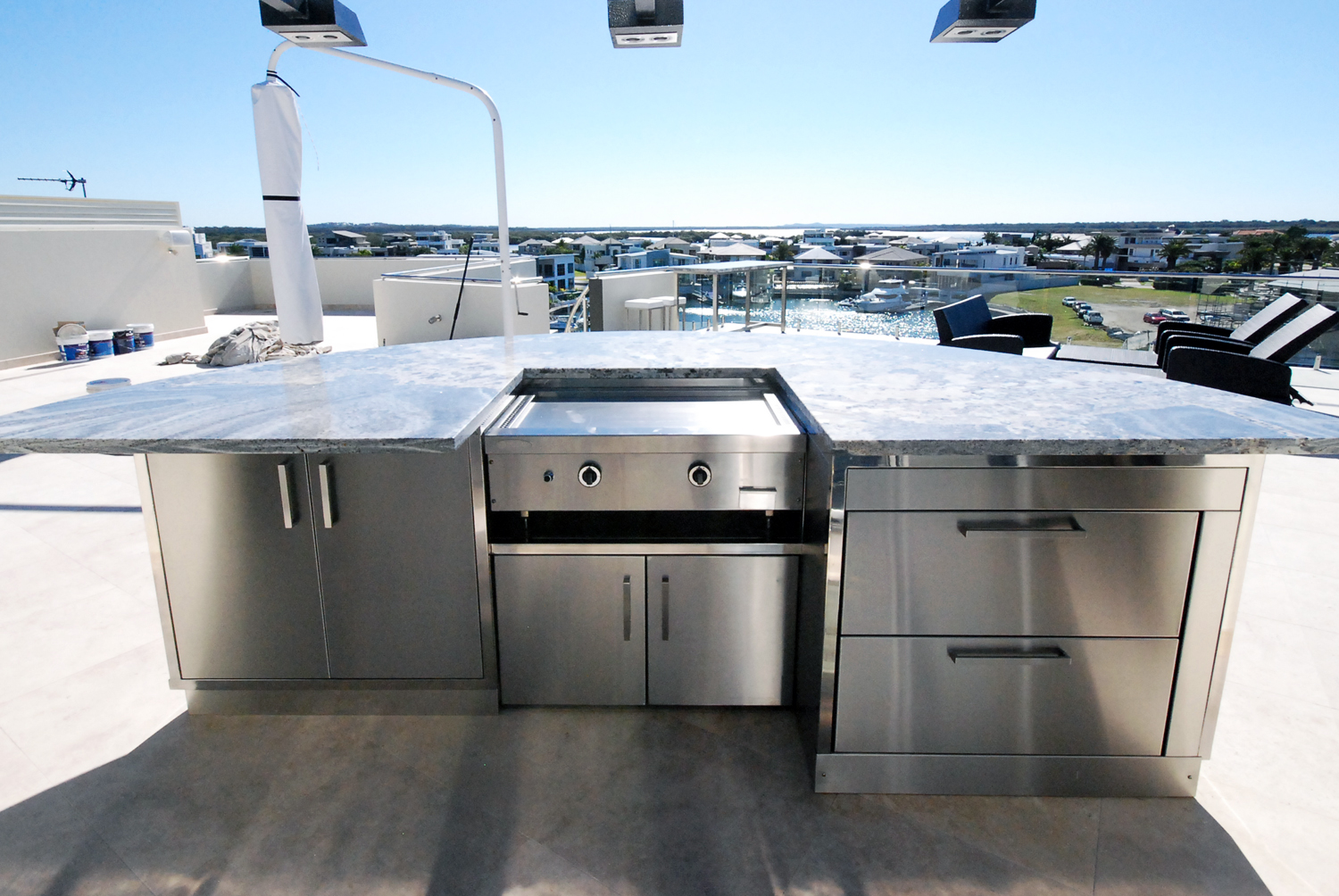Residential stainless steel outdoor kitchen and bbq
