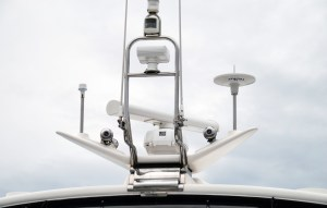 Stainless radar arch for your boat