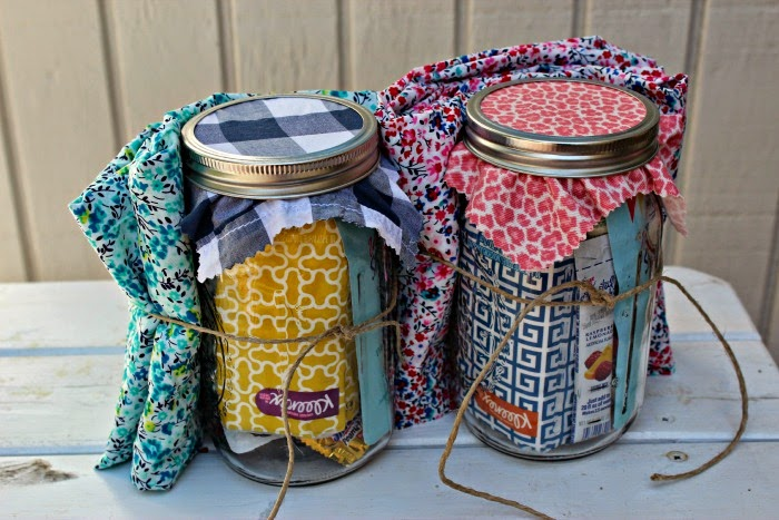 #18 Girlsu0027 Weekend Gift in a Jar & 25 Mason Jar Gifts For Every Occasion