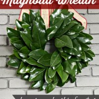 {15-Minute} Magnolia Leaf Wreath Tutorial