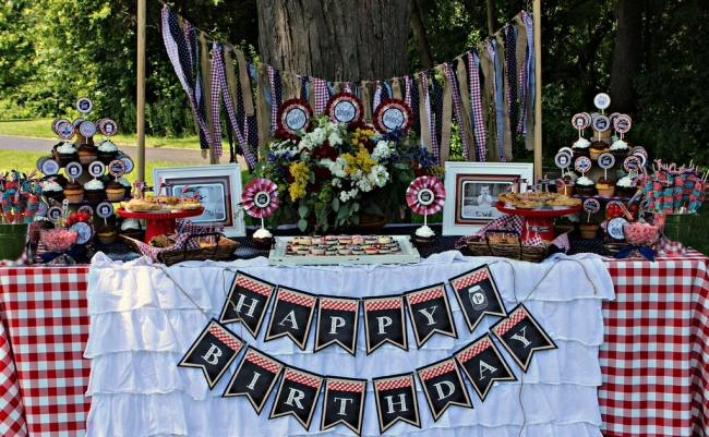 boys-picnic-themed-birthday-party-dessert-table-ideas
