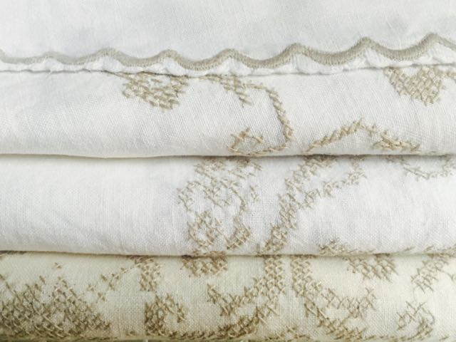 Cotton/Blend - Cream Embroidered Tablecloths (Top to Bottom)