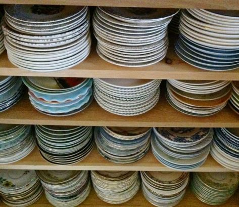 Saucers stacked by colors
