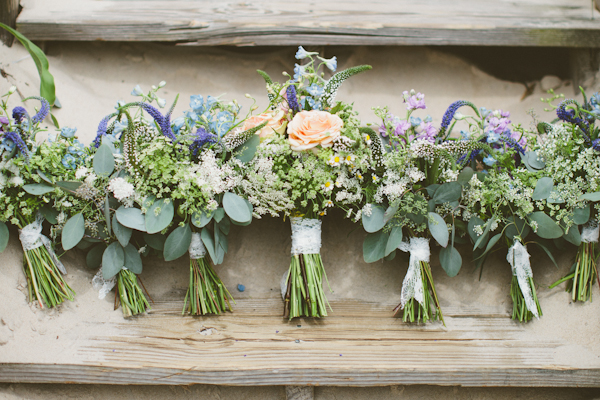 Southern-wedding-wildflower-bouquets