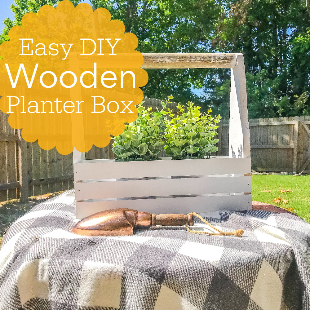 flower box, wooden flower box, box with handle, wooden plant box, diy decor, farmhouse decor, diy farmhouse decor, scrap wood decor, At home challenge, handled box, crate with handle