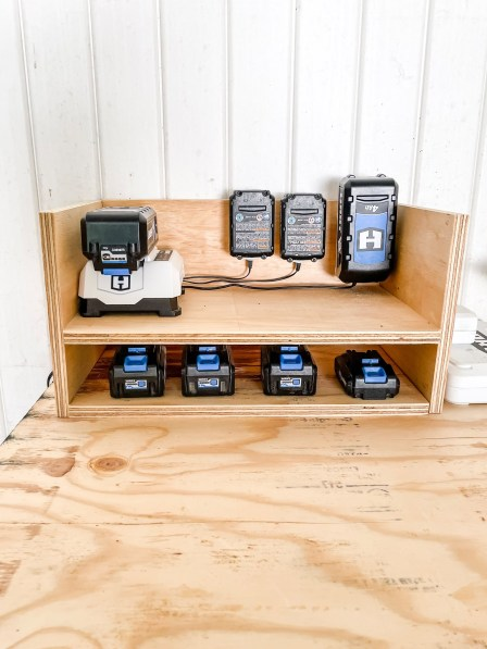 Easy DIY Mobile Workbench With Battery Charger