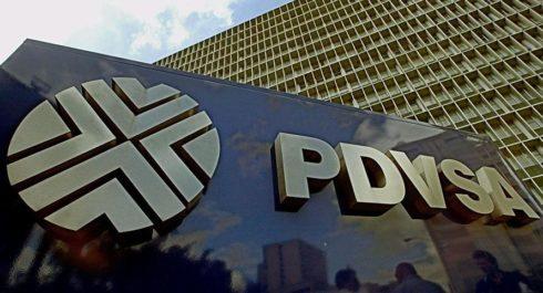 """Venezuela nariadil úrady PDVSA presťahovať sa do Moskvy; Putin potvrdzuje podporu pre """"priateľa"""" Maduro"""