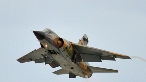 Líbyjský národný armádny letectvo spája bitku na zachytenie Tripolisu, štrajku LGNA