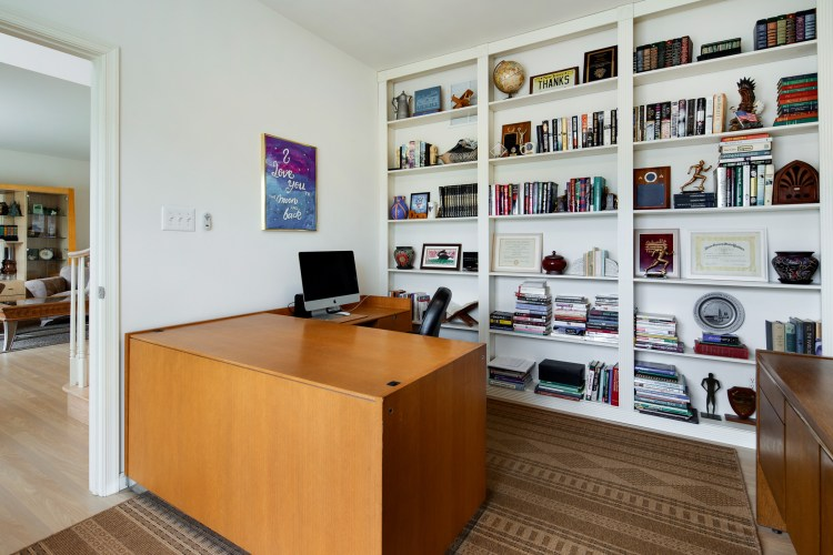 Home office at 25 Turtle Creek