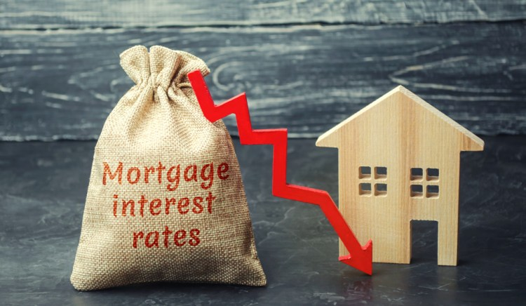 image shoing mortgage rates dropping