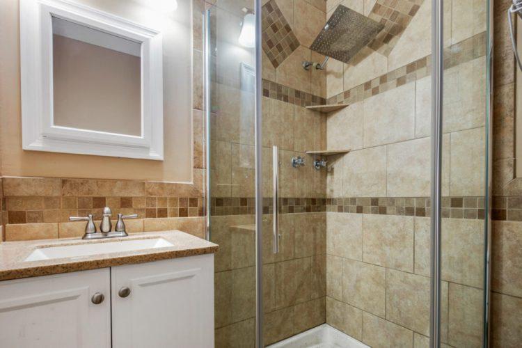 Master Bathroom at 38 Pennsylvania Avenue Stratford