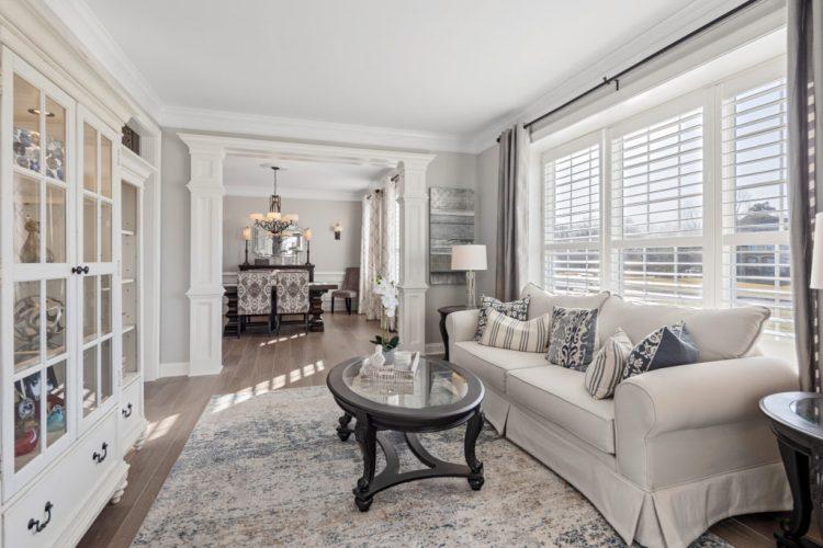 9 Chestnut Court Formal Living Room