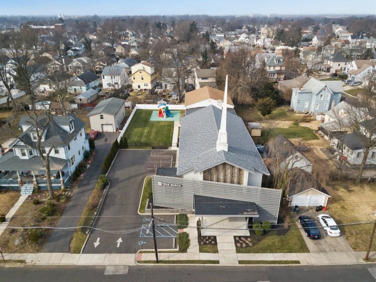 25 Reeves Avenue Westmont