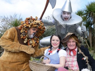 The Wizard of Oz cast at Stockport Plaza