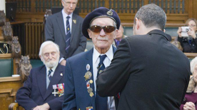 Cpl Alfred Barlow receives the Legion d'Honneur