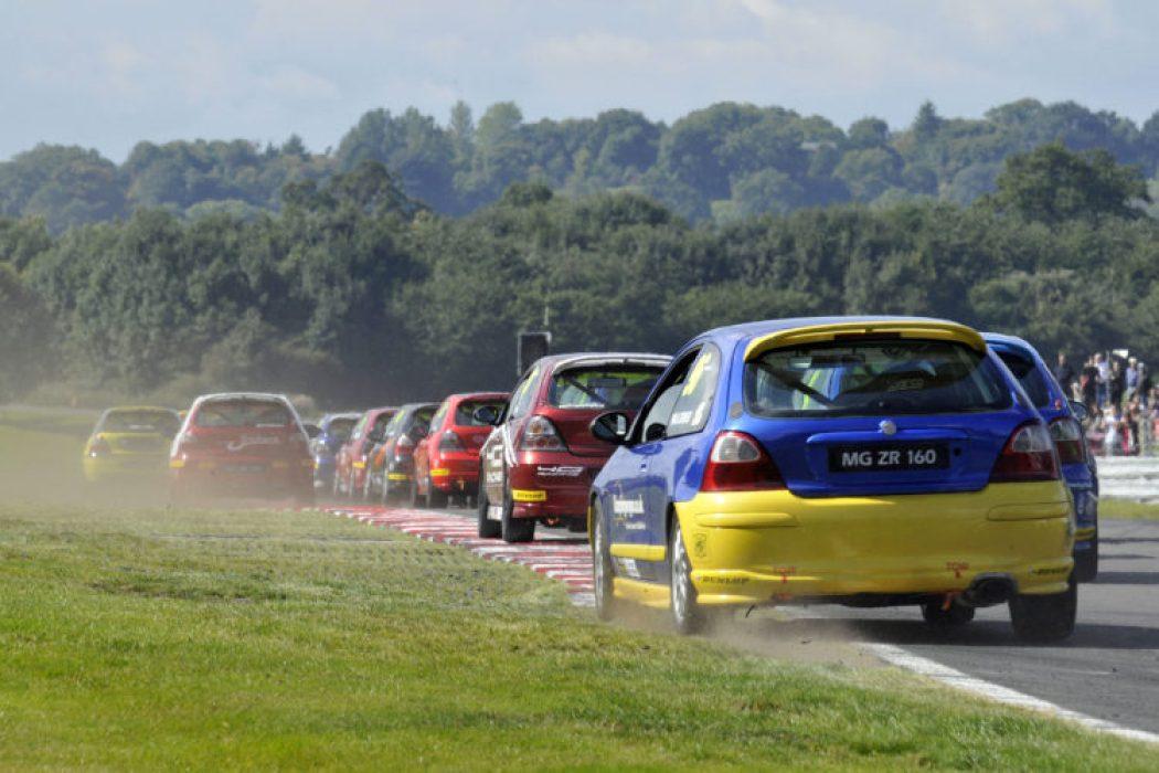 The MG Trophy sets off at Oulton Park