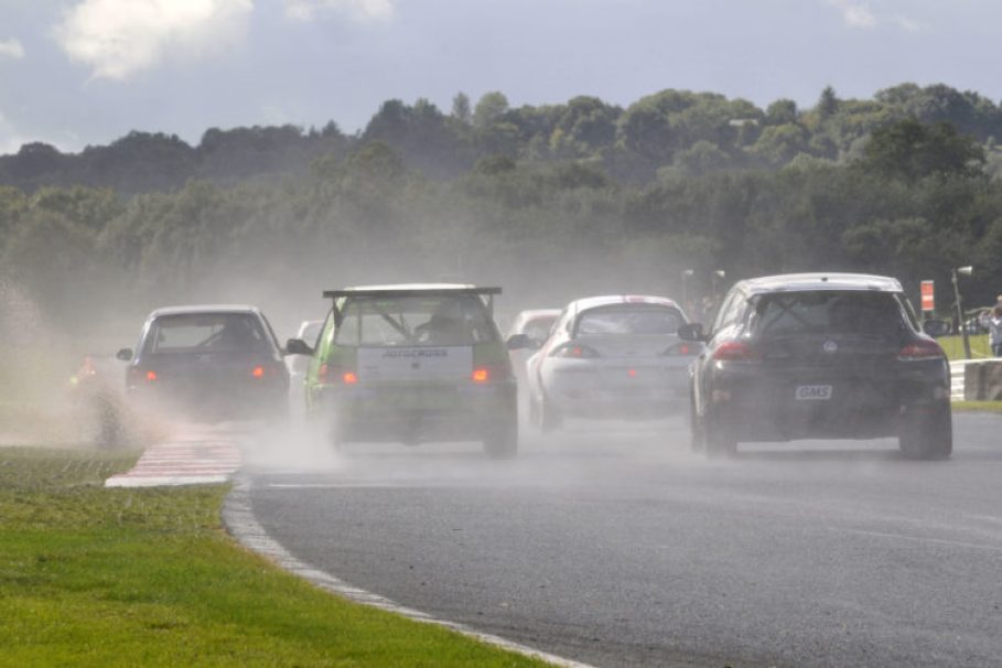 The Welsh Sports & Saloon Car Championship heads of in to the spray at Oulton Park