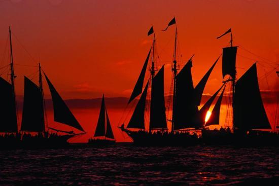 dana-point-tall-ships-festival-sunset-parade-september-9-2016-photo-courtesy-of-the-ocean-institute-cliff-wassmann