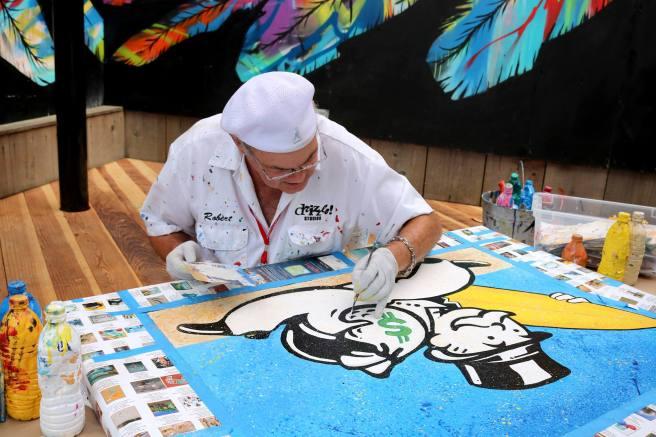 Laguna Beach Sawdust Art Festival Courtesy of SawdustArtFestival.org