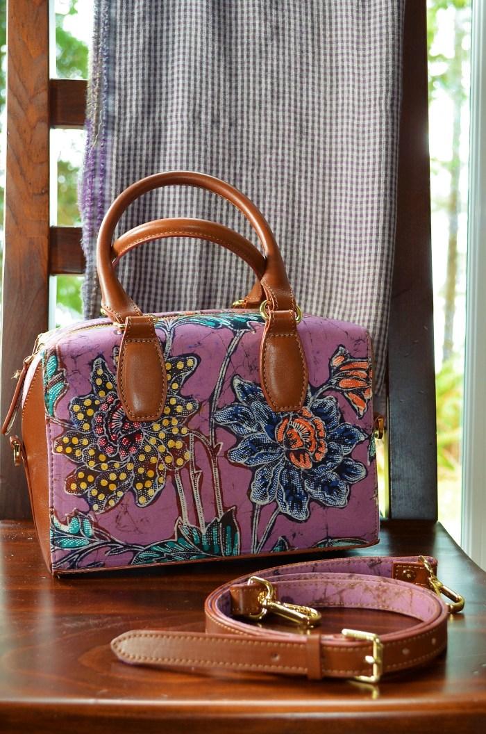 Hand made purse - Batik print