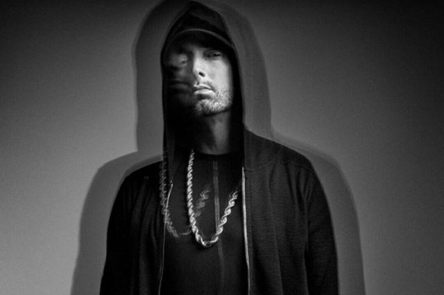 kamikaze-eminem-first-week-sales