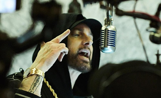IT'S OFFICIAL: Eminem was #1 best pure selling male artist in US in the past decade