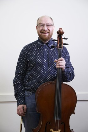 Alistair Ligertwood - Cello