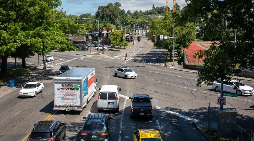 Featured Image: In the past decade and half, about a third of traffic fatalities and a quarter of collisions in the South End occurred along Rainier Avenue South or Martin Luther King Jr Way South. Pictured here where they intersect, these are two of the city's busiest streets. (Photo: Lizz Giordano)