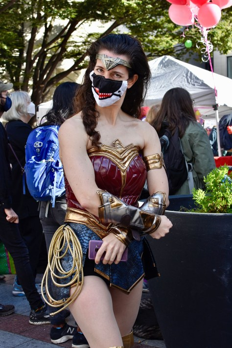 Photo depicting a female-presenting individual dressed as DC Comic's Superwoman.