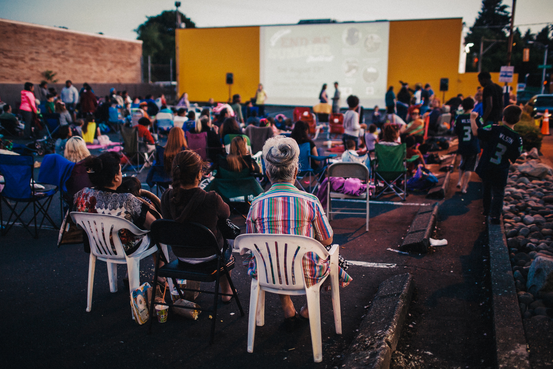 low back chairs camping antique oak dining don't haul your lawn chair to fremont, the south end is full of outdoor movie fun | ...
