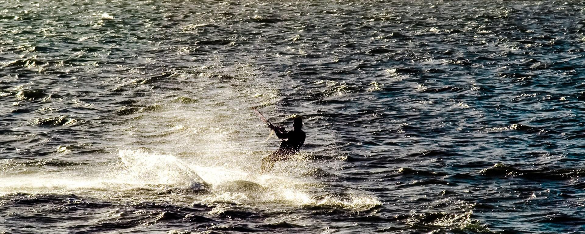 kite-surfing-on-the-solent