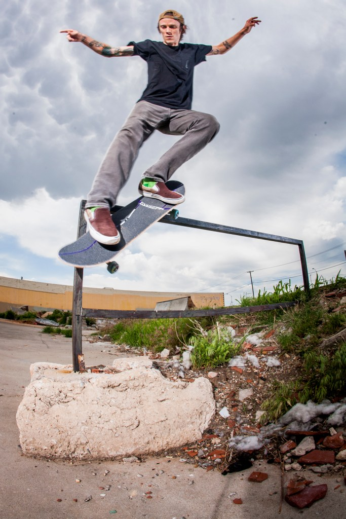 david-langston-backside-smith-grind-out-rail-oklahoma-city-slab-photo-wil-widner