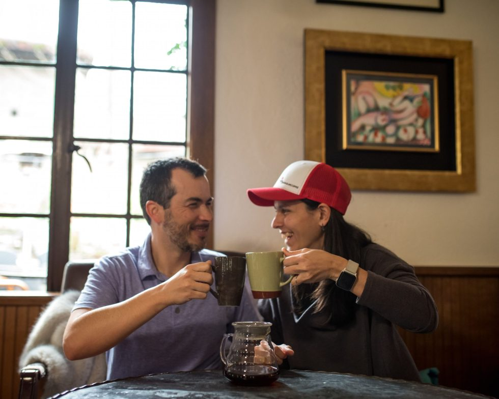 luis and cristina having coffee together