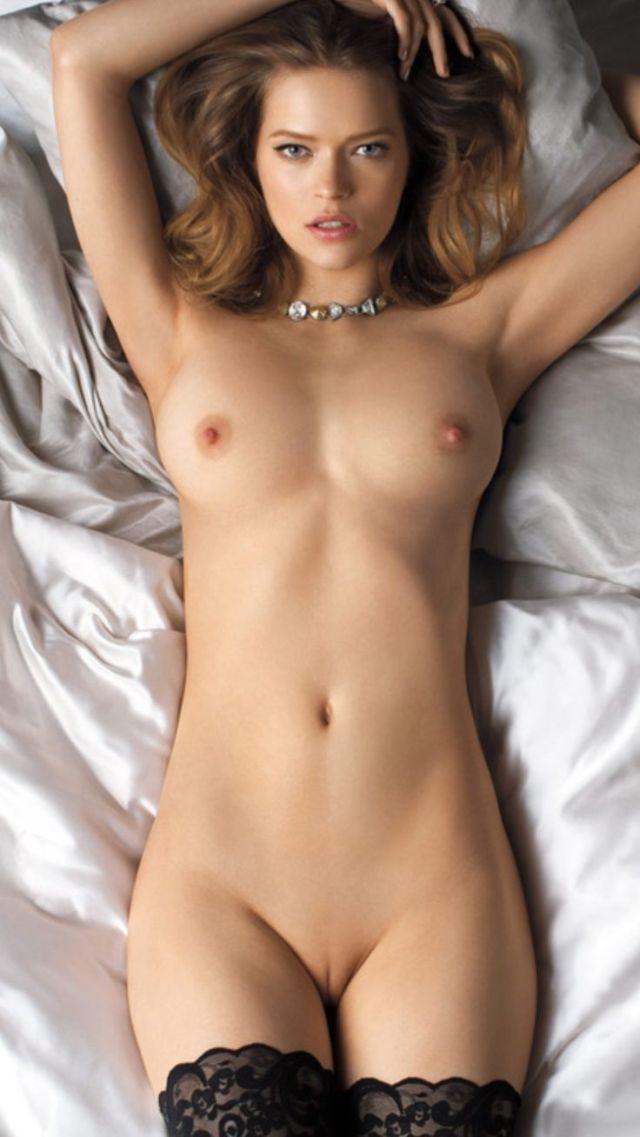 Sexy Nudist Girls