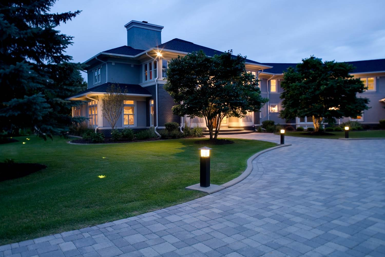outdoor lighting for yards and