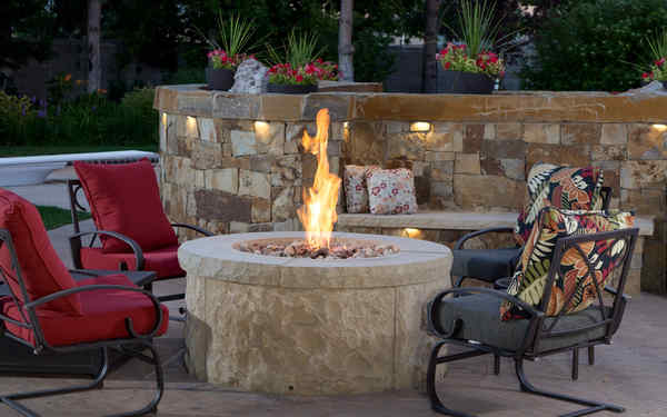 Fire Table Fire Pit Or Outdoor Fireplace Which Is Best For You