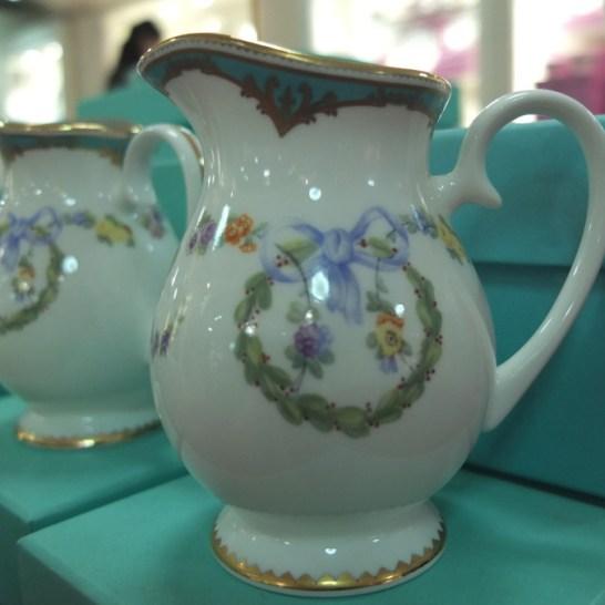 buckingham palace gift shop souvenir bone china creamer