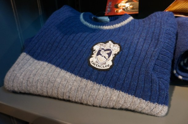 harrry Potter ravenclaw sweater Harry Potter gift souvenir shop Platform 9 3/4 London Kings Cross