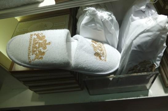 best london souvenir buckingham palace queen royal
