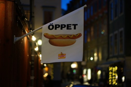 hot dogs gamla stan stockholm