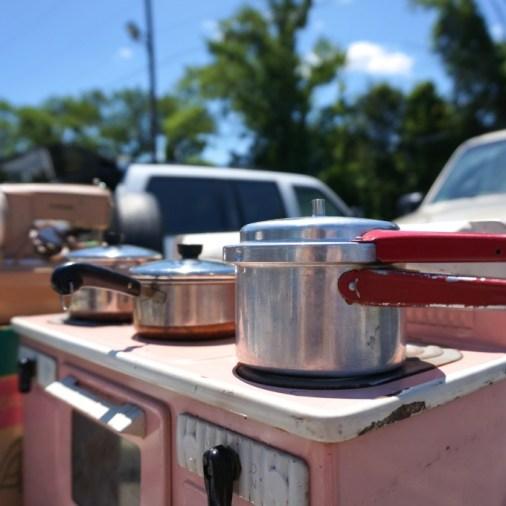 Child's working oven: golden nugget flea market review