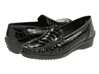 best womens shoes comfort loafers