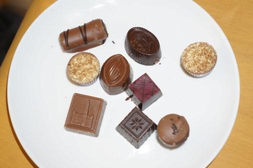belgian chocolate buy in brussels pralines souvenir best