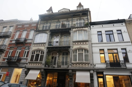 ixelles quartier chatelain street