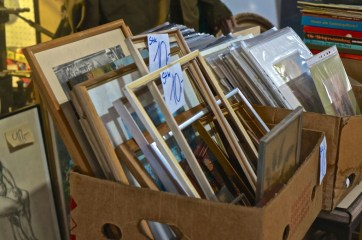 spittelberg vintage shopping vienna frames art