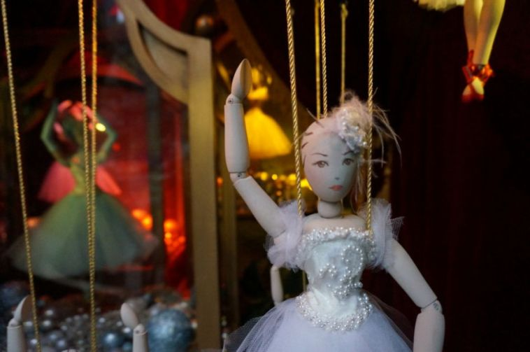 Christmas window at Lord & Talylor, New York City.